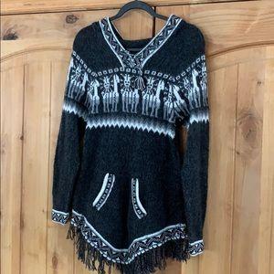 Tops - Wool hoodie